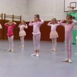 Ballett Klassen öffnen die Türen