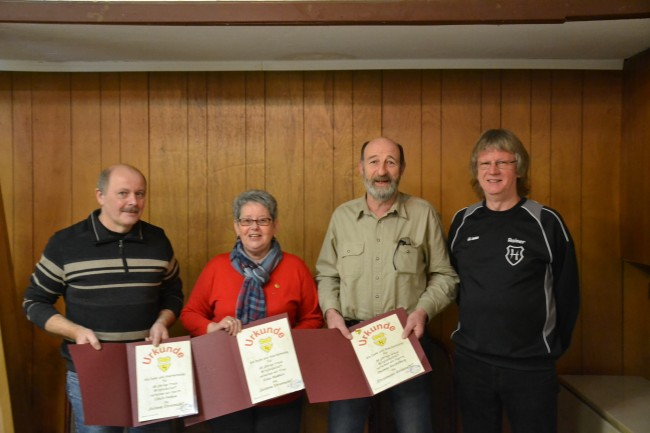 v.l. Ulrich Fietkau, Erika Matthies, Dietmar Steckelberg und Rainer Steffens